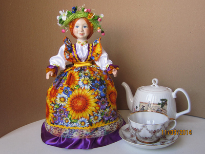 Кукла на чайник Подсолнухи.