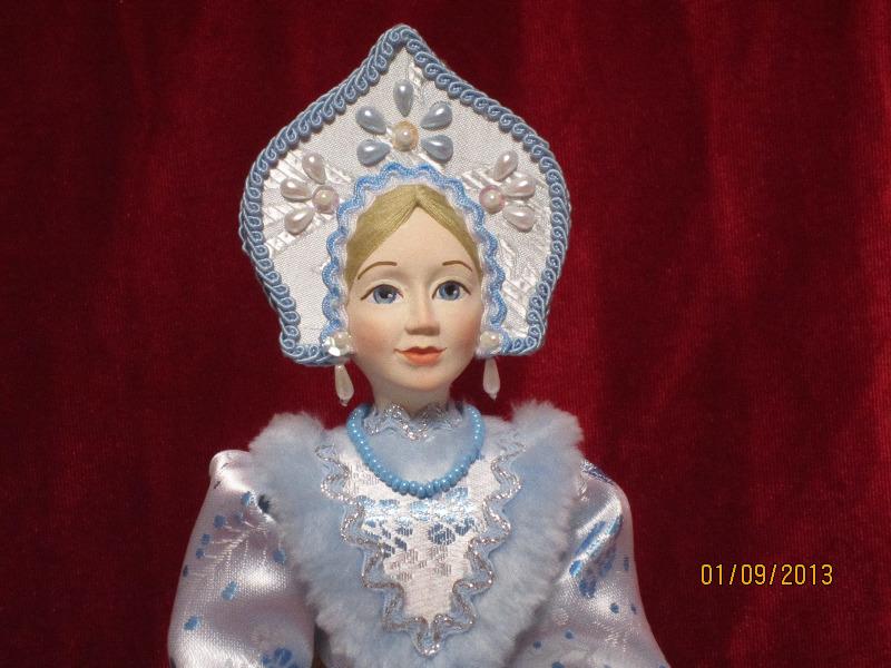 Кукла в кокошнике