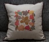Подушки, одеяла, покрывала - Декоративная подушка