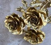 Оригинальные подарки - Кованая золотая роза