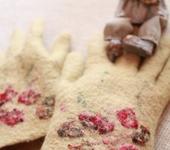 """Варежки, митенки, перчатки - Перчатки валяные """"Нежность"""""""