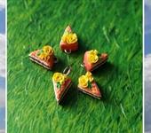 Бусины - Подвески тортики