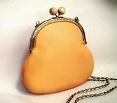 Сумки, рюкзаки - Маленькая сумочка кожаная оранжевая
