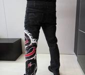 Брюки, шорты - Джинсы с драконом в единственном экземпляре