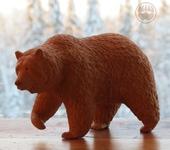 Статуэтки - Кедровый медведь Брюин (Bruin)