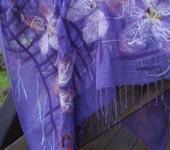 Шали, платки, палантины - Платок валяный «Сиреневые цветы»