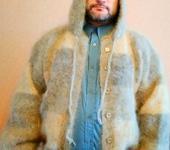 Верхняя одежда - вязаная куртка из собачьей шерсти в стиле пэчворк