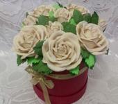 Цветы - букет роз в шляпной коробке