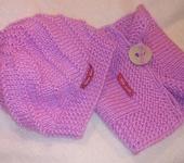 Одежда для девочек - Детский вязаный комплект: Беретка и снуд на пуговке.
