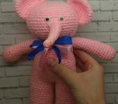 Зверята - Вязаный добрый розовый слон