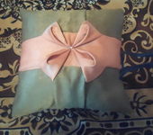 Подушки, одеяла, покрывала - Декоративная подушечка.