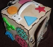 Развивающие игрушки - Бизикуб