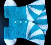 Одежда для девочек - Вязаный жилет-туника для девочки.