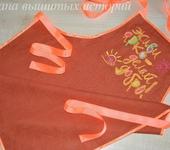 Оригинальные подарки - Фартук для кухни из льна с вышивкой Живи ярко