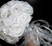 Цветы - брошь-букет для невесты