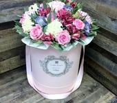 Флористика - Bloombox - именные шляпные коробки с цветами