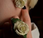 """Комплекты украшений - Кольцо и серьги """"розы белые"""""""