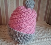 Головные уборы - Розовая шапка