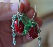 Комплекты украшений - Серьги с бутонами бордовых роз лэмпворк