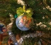 """Оригинальные подарки - Новогодний шарик """"Три поросёнка"""""""