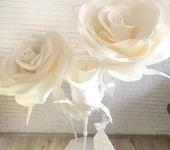 Элементы интерьера - Композиция из белых роз