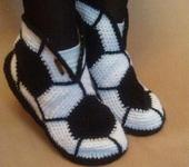 Обувь ручной работы - Вязаные тапочки для дома