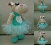 Вязаные куклы - Бегемошка-балерина