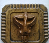 Интерьерные маски - Обронзовевший гуманоид...