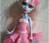 Одежда для кукол - Вязаное платье для Monster high.