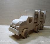 Развивающие игрушки - Машина самосвал