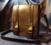 Сумки, рюкзаки - Черная сумка из кожи.