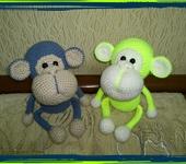 Вязаные куклы - обезьянка