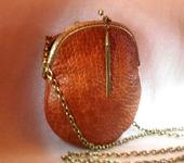 Сумки, рюкзаки - Маленькая кожаная сумочка коньячного цвета