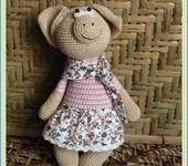 Вязаные куклы - Свинка Матильда.