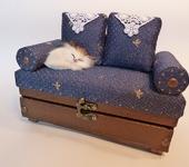 Шкатулки и копилки - Шкатулка-диван с подушками