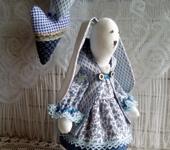 Куклы Тильды - Тильда зайка в синем платье.