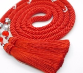 Лариаты - Лариат  с кистями красный  Пламя длинный из бисера