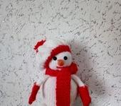 Вязаные куклы - снеговик
