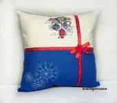 Подушки, одеяла, покрывала - Подушка с вышивкой Новый год