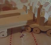 Развивающие игрушки - Деревянный самосвал