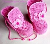 Для новорожденных - Пинетки вязанные крючком
